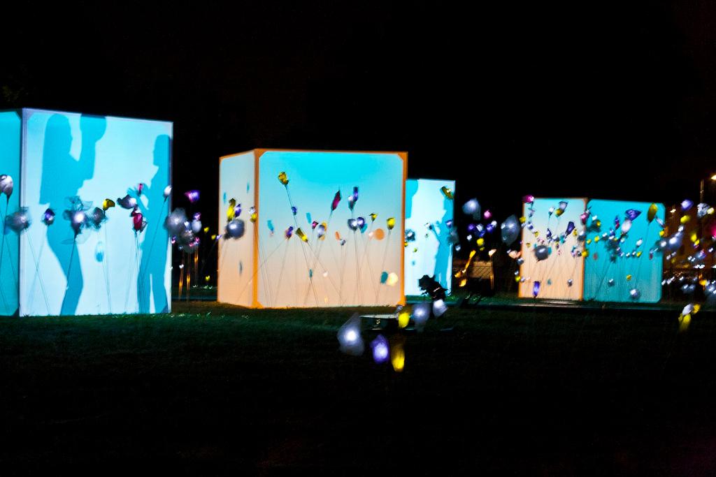 Social Lighting Il giardino che non c'è