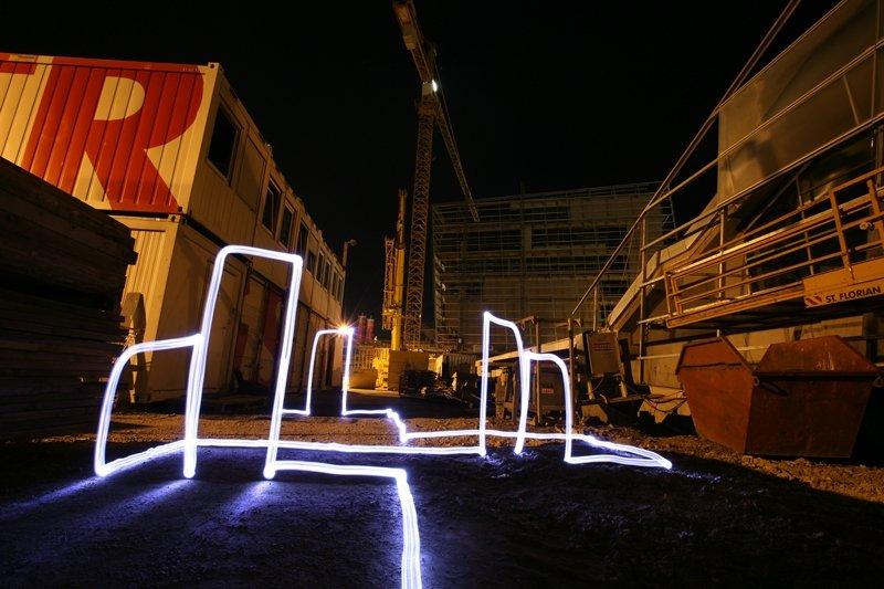 lightgraffiti colora la citt con la luce. Black Bedroom Furniture Sets. Home Design Ideas